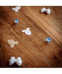 24 mini tétines pvc bleu 2 cm